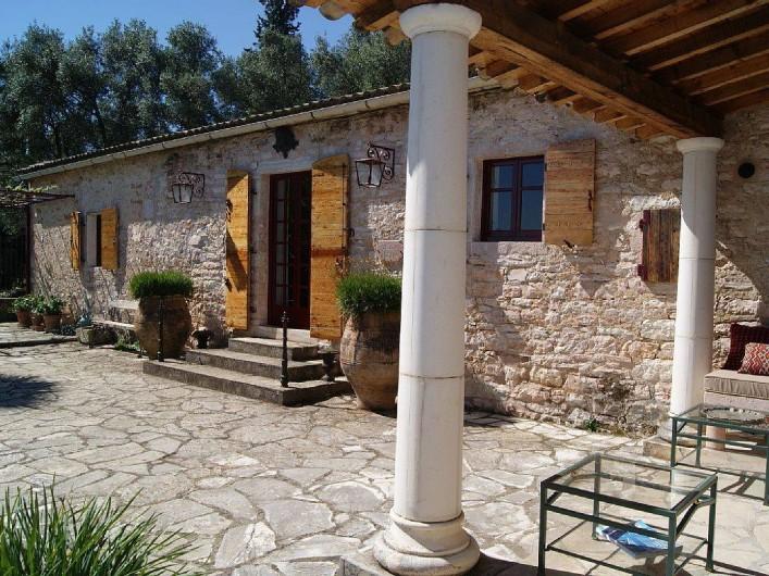 Location de vacances - Villa à Kassiopi - Villa Alexia. La Villa.