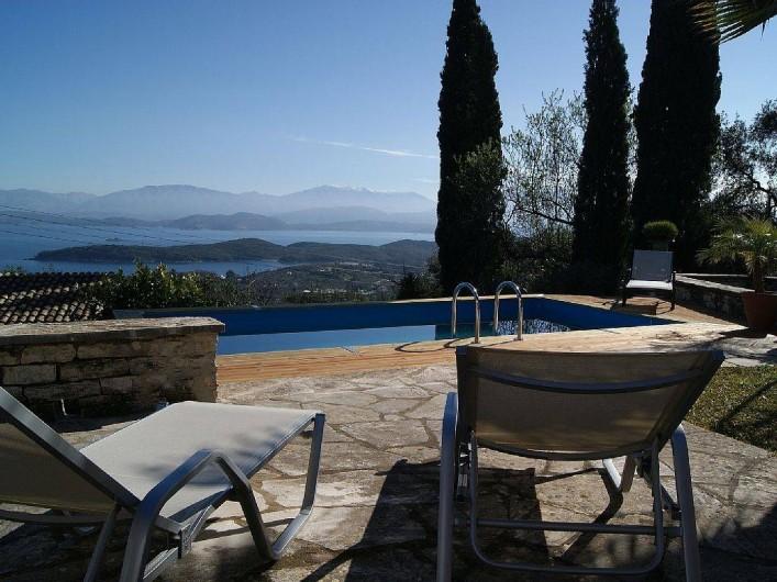 Location de vacances - Villa à Kassiopi - Villa Alexia. Terrasse, Piscine.