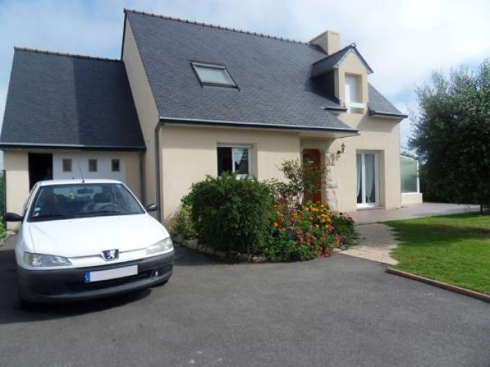 Location de vacances - Maison - Villa à Erdeven - Entrée : parking clos de 2 à 3 voitures