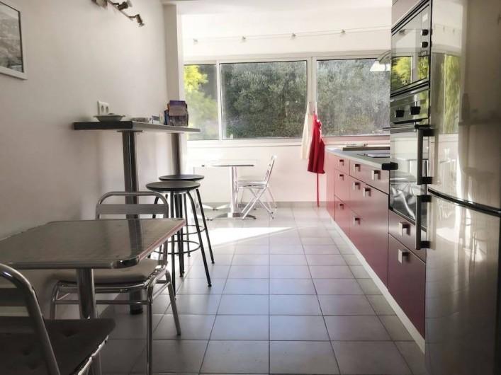 Location de vacances - Appartement à Cassis - LA CUISINE AMERICAINE