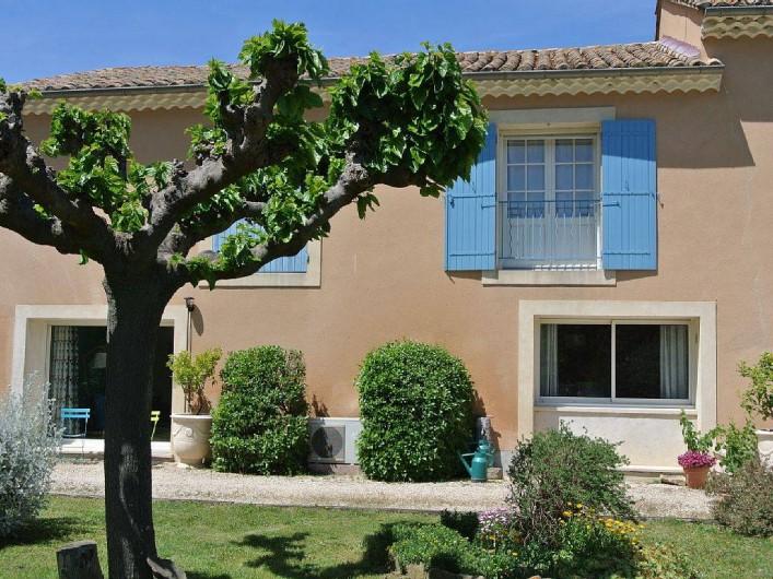 Location de vacances - Appartement à Caderousse - Le rez de jardin