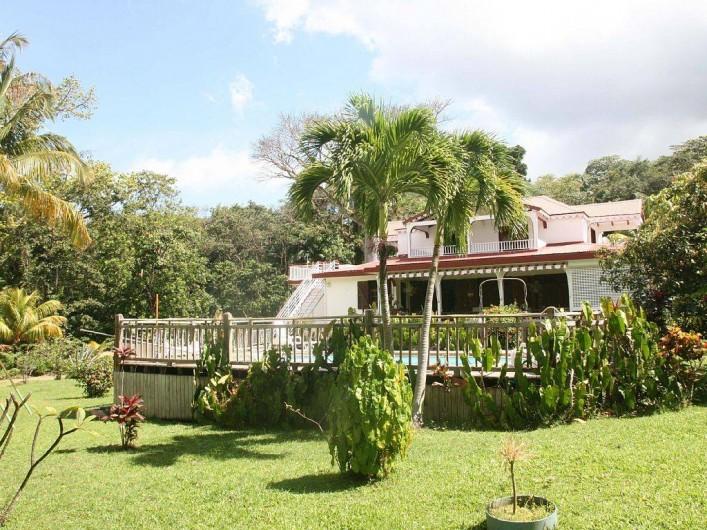 Location de vacances - Villa à Deshaies - villa avec  la piscine