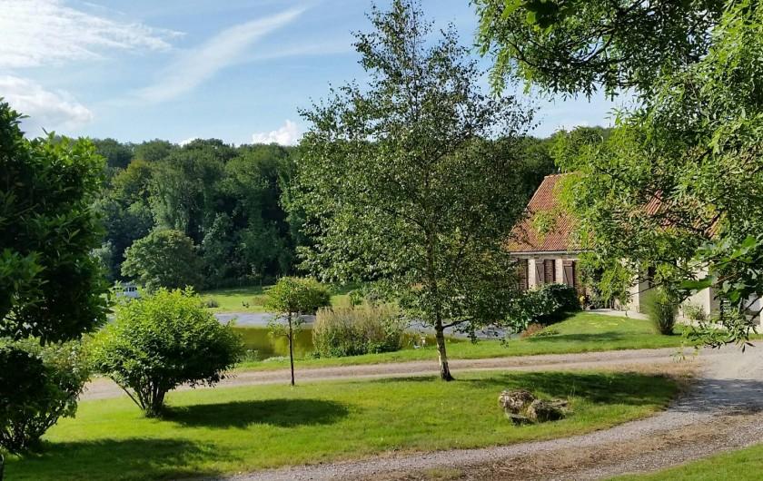 Location de vacances - Gîte à Widehem - Gîte dans la nature, autour d'un plan d'eau,  ouvert sur les prairies et bois