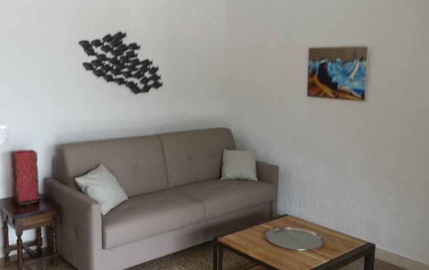 Location de vacances - Appartement à Roses - Salon Canapé convertible