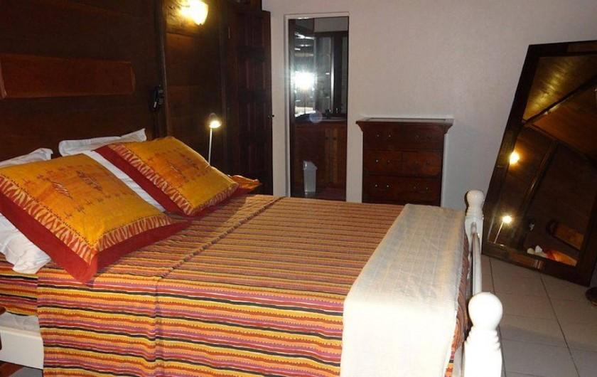 Location de vacances - Villa à Bouillante - Chambre 2/4