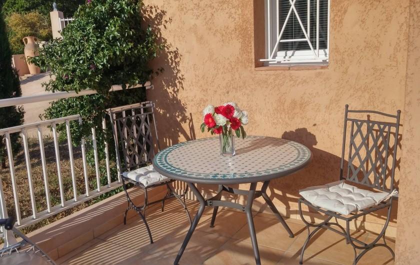 """Location de vacances - Villa à Favone - Petite aire """"Zen"""" pour déguster un bon café ..."""