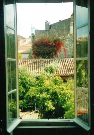 Location de vacances - Maison - Villa à Antibes - vue de la chambre