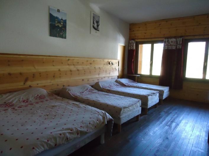 Location de vacances - Gîte à Le Monêtier-les-Bains - chambre familiale