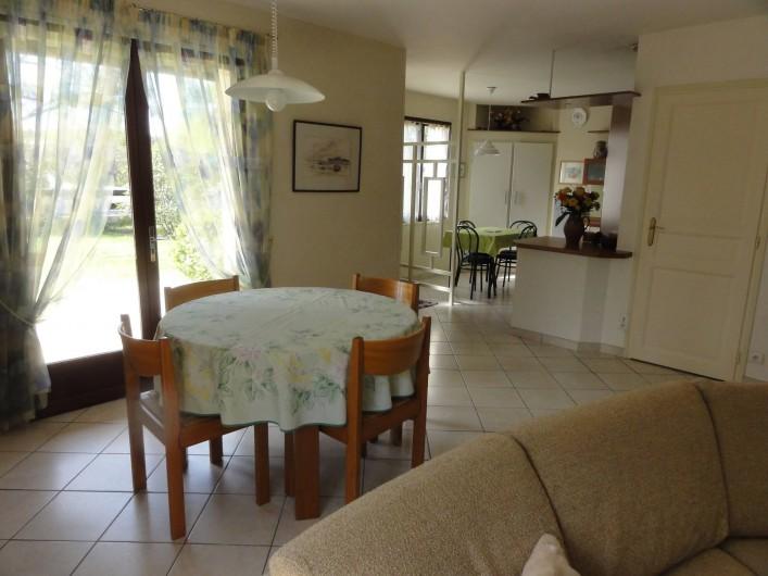 Location de vacances - Villa à Sanguinet - la salle à manger