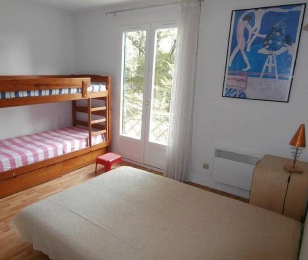 Location de vacances - Maison - Villa à Bidart - chambre N°2: lit 140 et 2 lits supperposés