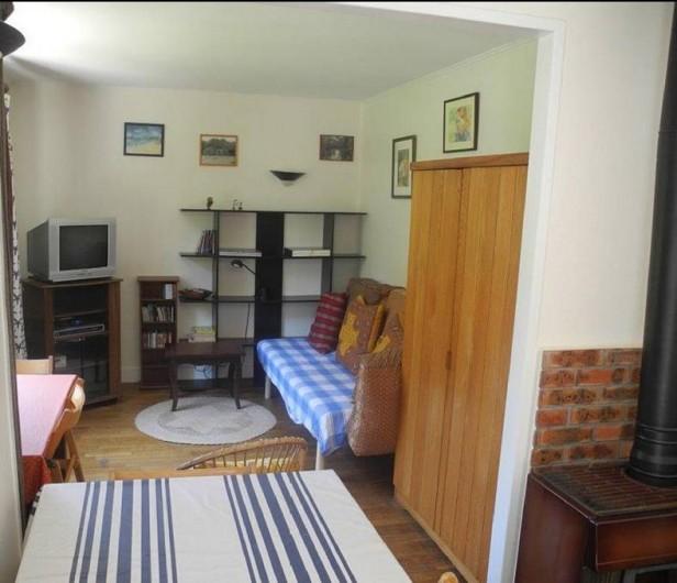 Location de vacances - Maison - Villa à Bidart - chambre N° 3 avec lit 90 et télé