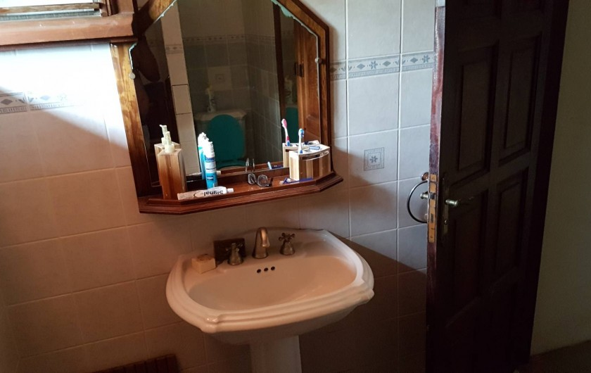 Location de vacances - Villa à Le Lamentin - salle de bain
