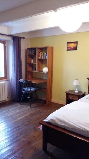 Location de vacances - Maison - Villa à Ploumoguer - Grande chambre_bureau