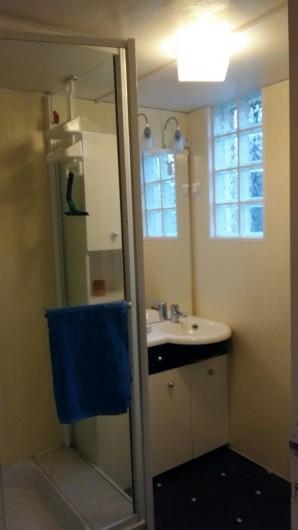 Location de vacances - Maison - Villa à Ploumoguer - Salle d'eau