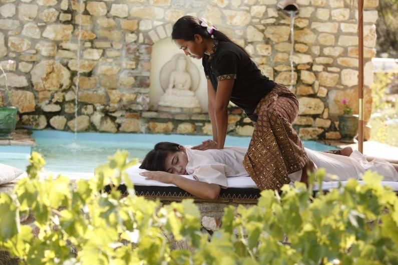 Location de vacances - Chambre d'hôtes à Aigremont - Massage Thai au Mas