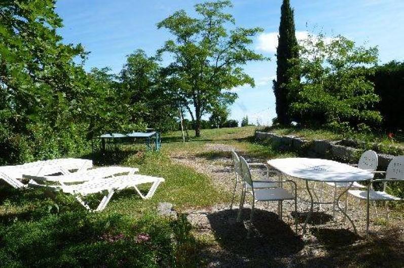 Location de vacances - Villa à Labeaume - coin détente côté nord