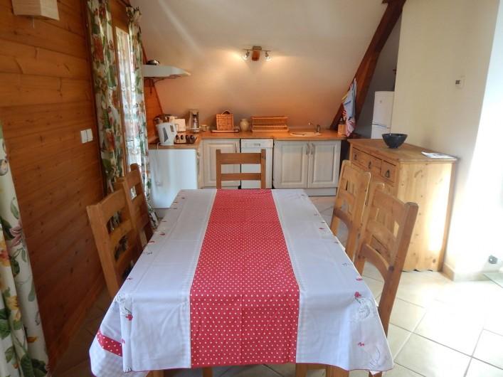 Location de vacances - Chalet à Crévoux - Le coin cuisine et repas