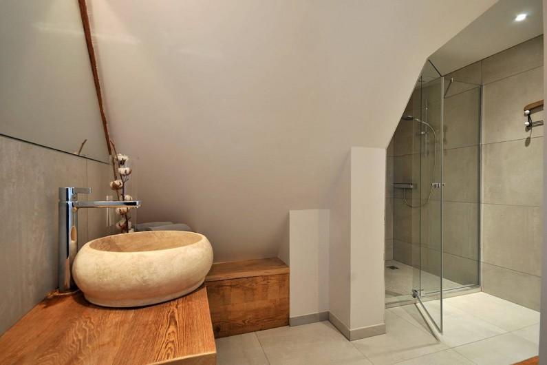Location de vacances - Gîte à Pfaffenheim - La Terrasse d'Alphonse: salle-de-bain chambre 3