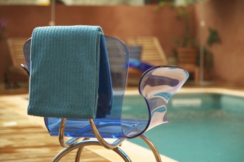 Location de vacances - Hôtel - Auberge à Collobrières - La Piscine pour un moment rafraichissant