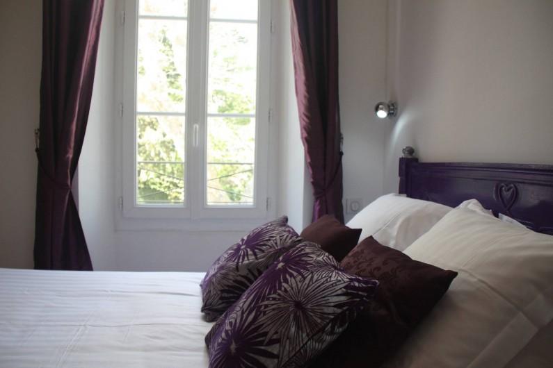 """Location de vacances - Hôtel - Auberge à Collobrières - La Chambre Classique """"Améthyste"""""""