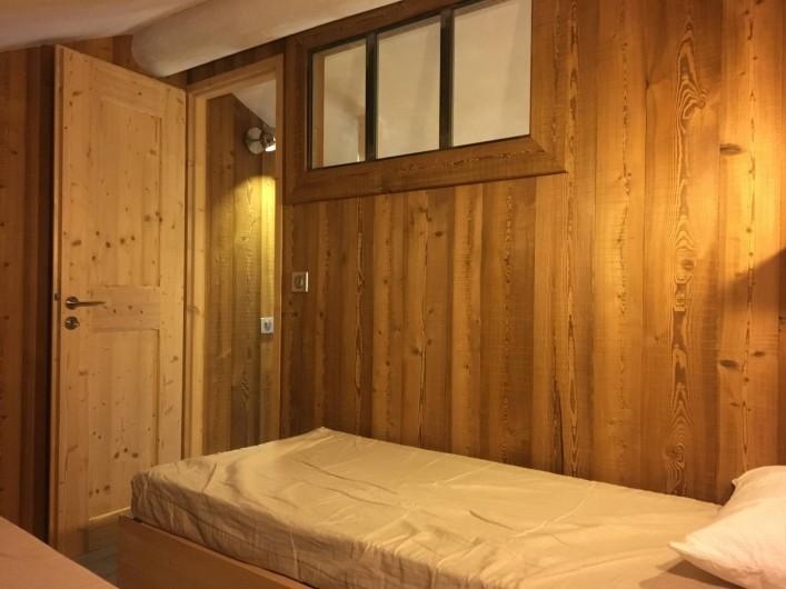 Location de vacances - Appartement à Val-d'Isère - Chambre