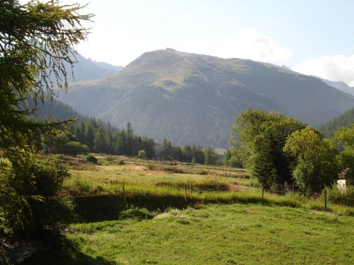Location de vacances - Appartement à Val-d'Isère - Vue été