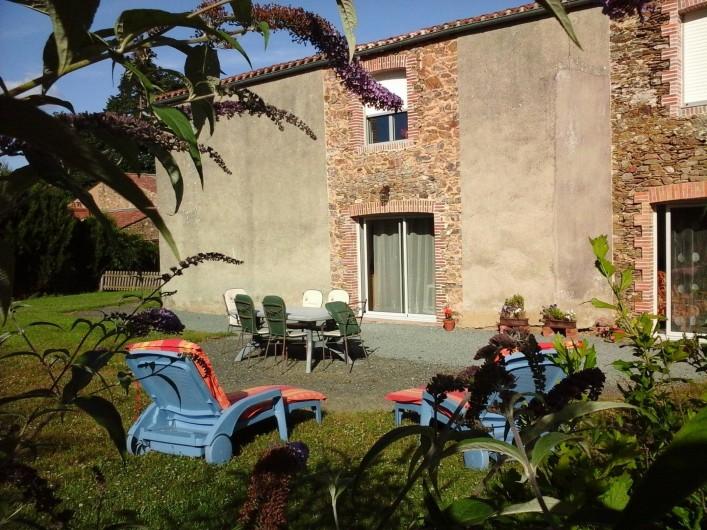 Location de vacances - Chambre d'hôtes à Les Essarts - terrasse