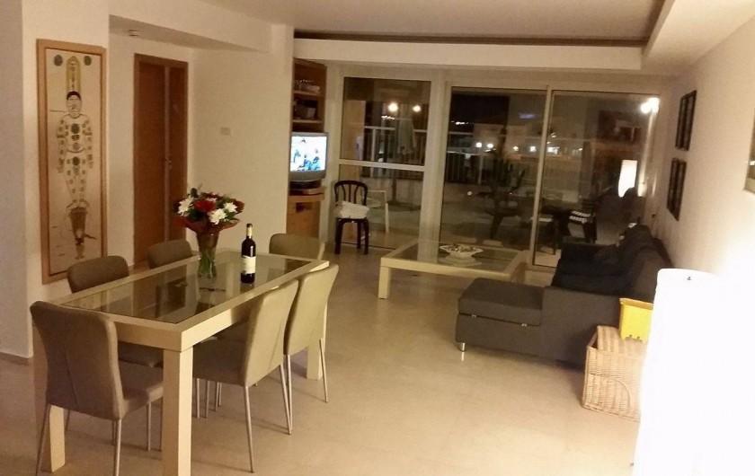 Location de vacances - Appartement à Eilat - salon salle à manger