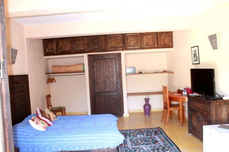 Location de vacances - Chambre d'hôtes à Agadir - vue d une chambre