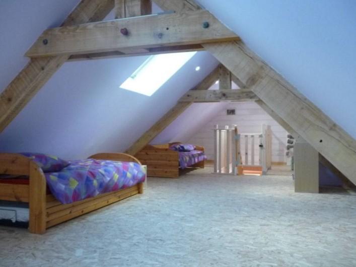 Location de vacances - Gîte à Marchastel - 2ème étage : 5 lits 90 x 190