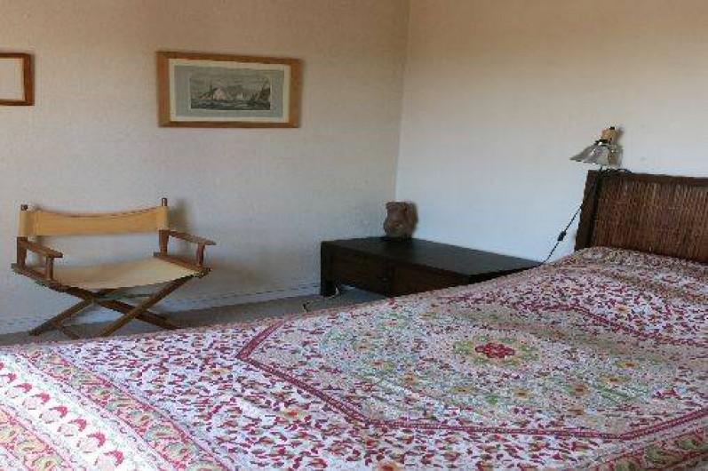 Location de vacances - Mas à Agay - Chambre A: lit de 1.60m + balcon vue mer