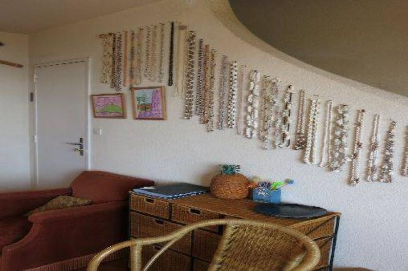 Location de vacances - Mas à Agay - 1 vue du living avec escalier