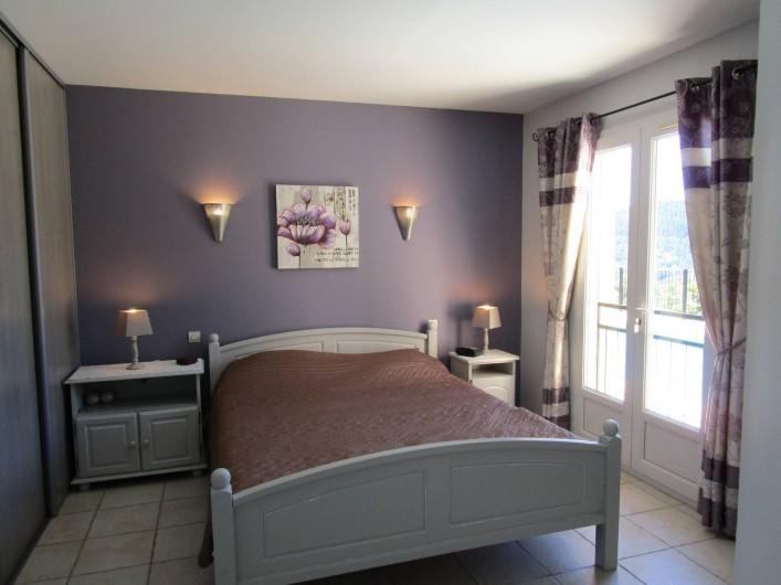 Location de vacances - Villa à Bagnols-en-Forêt - Chambre a coucher 1