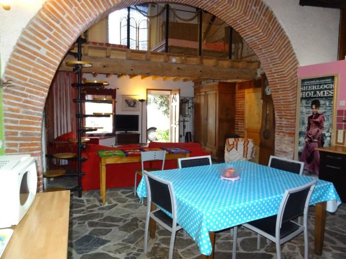 Location de vacances - Appartement à Bompas - vue depuis la cuisine