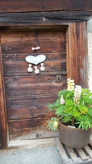 Location de vacances - Chalet à Les Diablerets - Porte de la cave