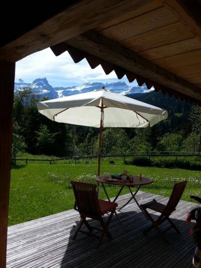 Location de vacances - Chalet à Les Diablerets - La terrasse