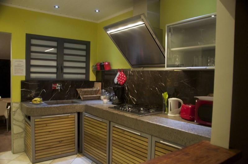 Location de vacances - Villa à Saint-Gilles les Bains - cuisine