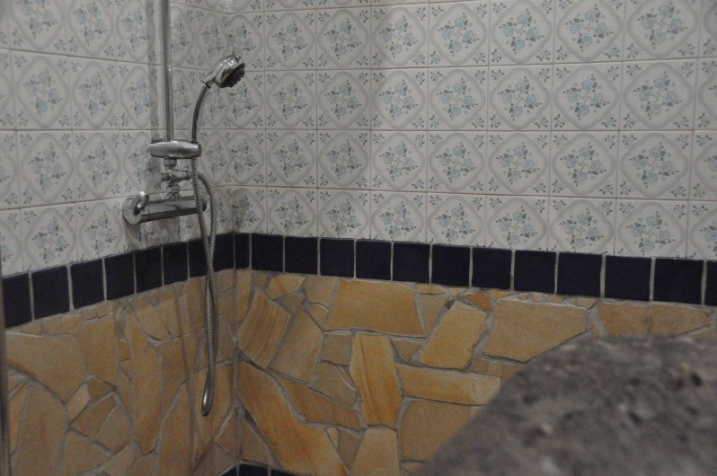Location de vacances - Villa à Saint-Gilles les Bains - salle de bain