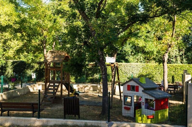 Location de vacances - Bungalow - Mobilhome à Céret - Parc enfants