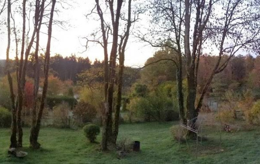 Location de vacances - Chambre d'hôtes à Lamazière-Basse - Vue de la maison