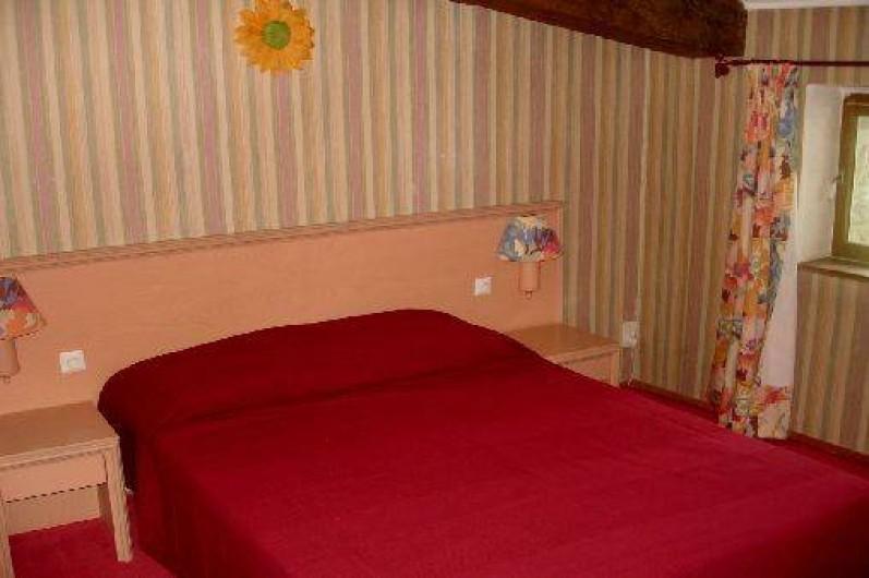 Location de vacances - Gîte à Saint-Alban-d'Ay - Chambre - Lit 140