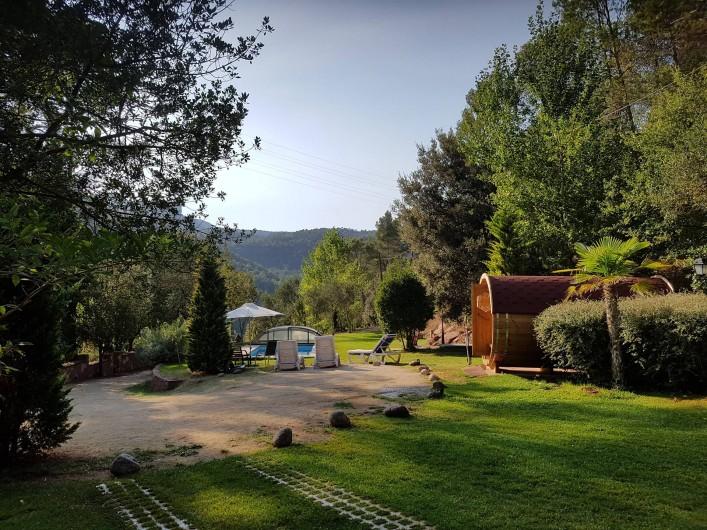 Location de vacances - Chalet à Tagamanent - Jardin privé