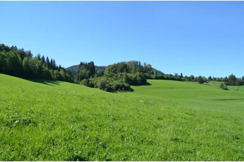 Location de vacances - Camping à Les Hôpitaux-Neufs - montagne au pied du camping