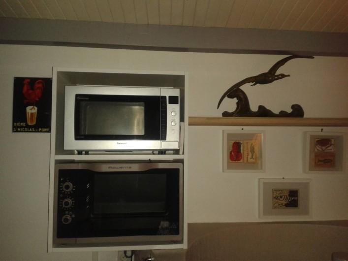 Location de vacances - Appartement à La Rochelle - Fours cuisine