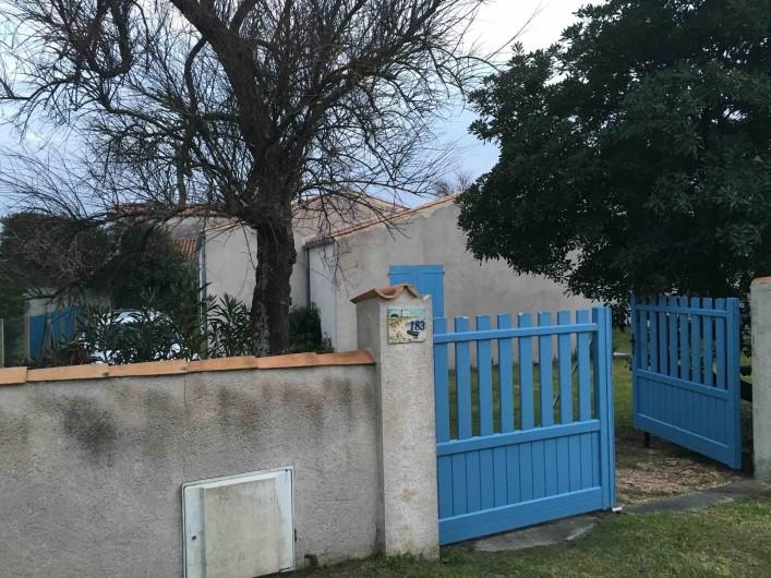 Location de vacances - Villa à Saint-Denis-d'Oléron - l'arrivée