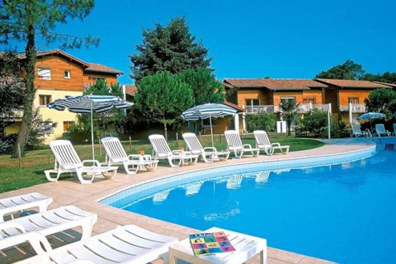Location de vacances - Appartement à Capbreton - Piscine chauffée du 15 avril au 15 octobre