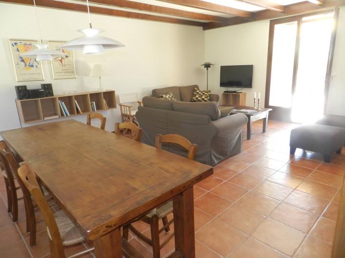 Location de vacances - Gîte à Saint-Roman - salon séjour
