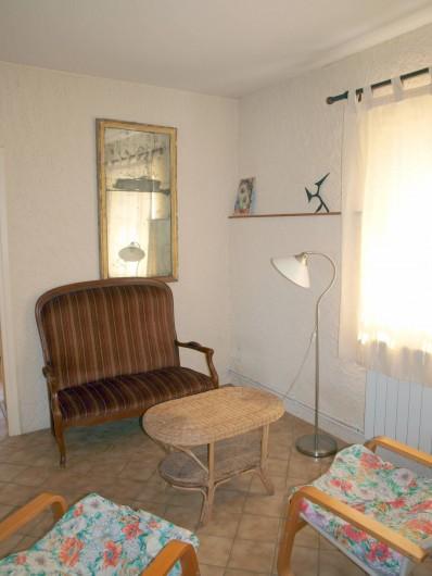 Location de vacances - Appartement à Airoux - séjour de l'appartement Corail
