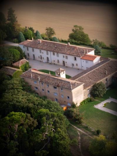 Location de vacances - Appartement à Airoux - la Ginelle vue depuis le nord