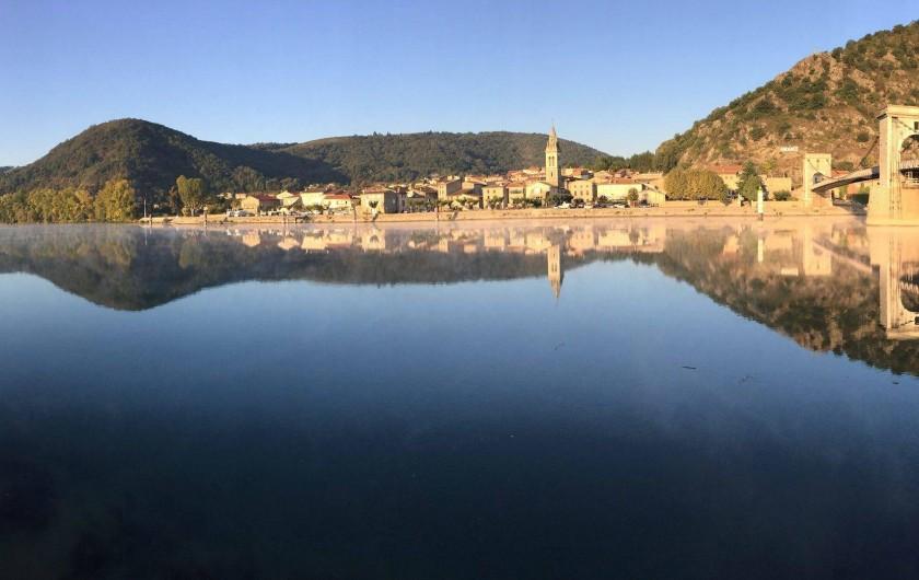 Location de vacances - Villa à Andancette - Face au Rhône, le joli village d'Andance